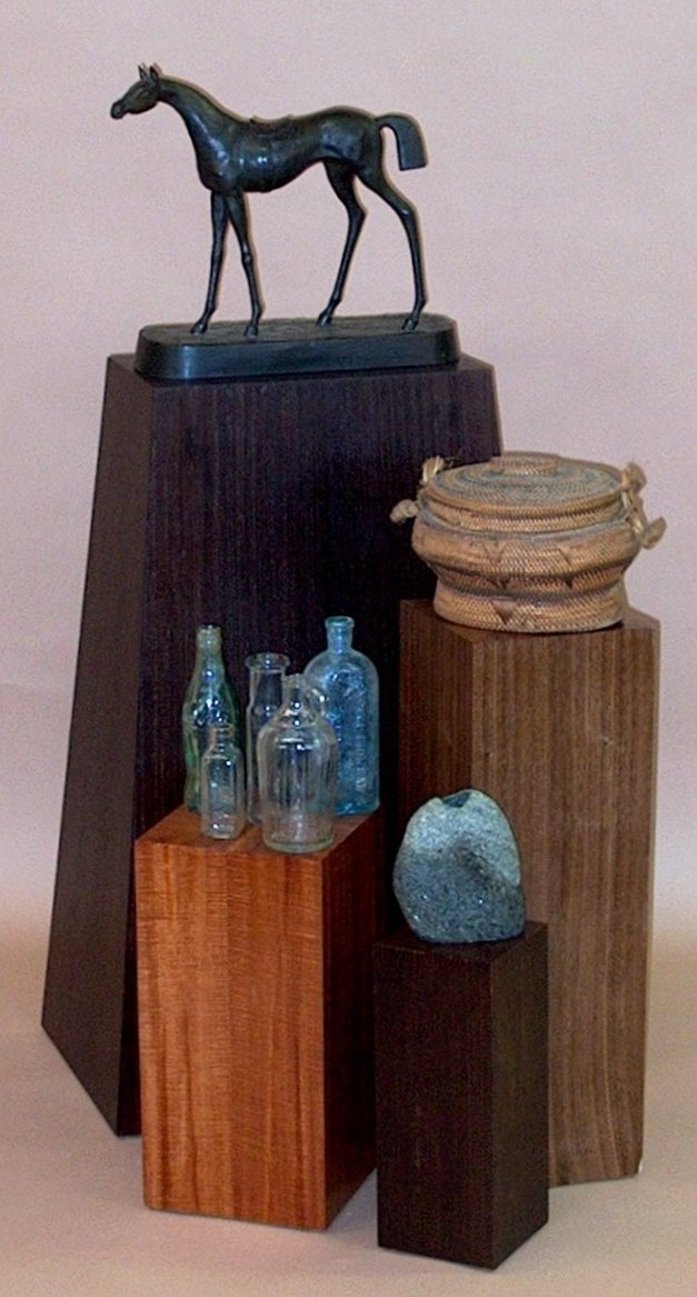Art and Heirloom Display Stands